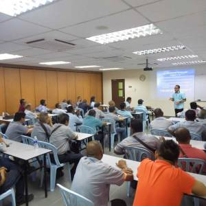 kursus-pengajar-pemandu-2016-3-300x300xc