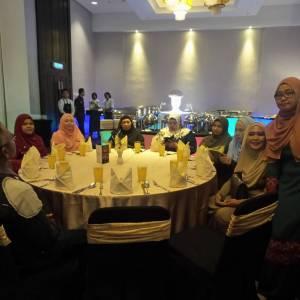 annual-dinner-2017-13-300x300xc