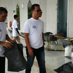 program-cuci-masjid-5-300x300xc